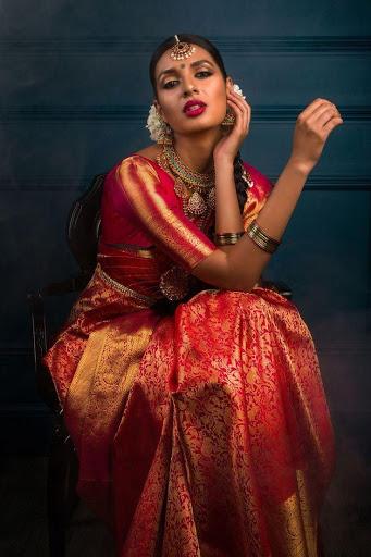 Know about Kanchipuram Wedding Silk Sarees
